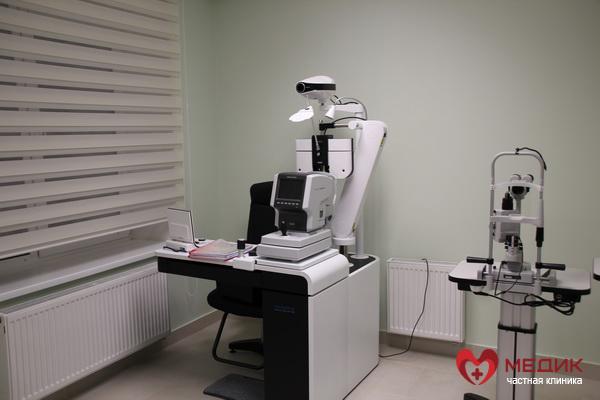 офтальмолог, глаза, медосмотр, близорукость, дальнозоркость, катаракта, бельмо, медицинский центр, частная клиника, офтальмология, красные глаза, покраснение глаз