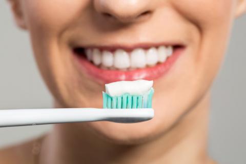 стоматолог-терапевт, стоматолог в Чебоксарах, домашний уход за зубами,лечение зубов Чебоксары