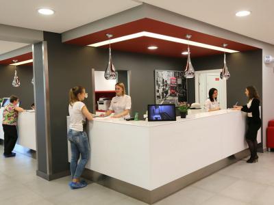 частная клиника, многопрофильная клиника в Чебоксарах, взрослые врачи, детские врачи, стоматология в Чебоксарах